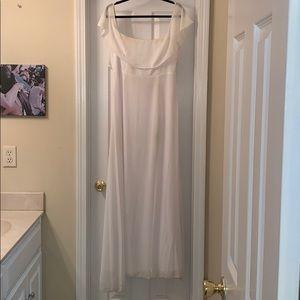 Toni Off the shoulder long white dress